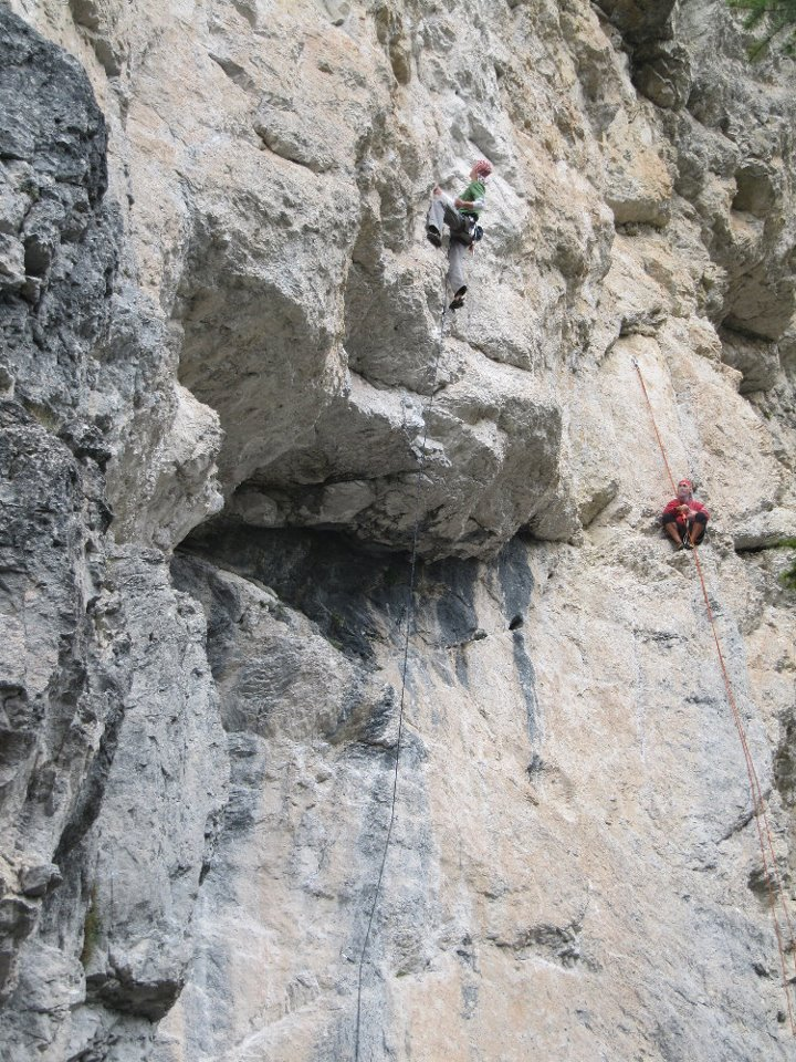 overhangs-at-landro