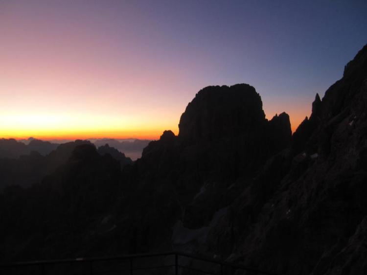 sunset-from-rifugio-lorenzo